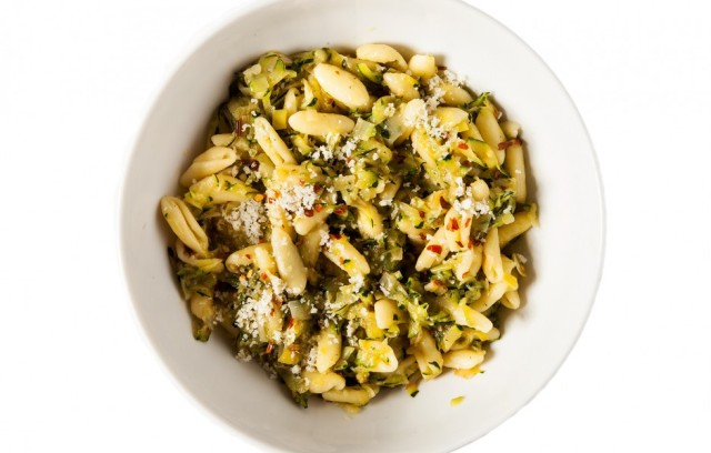 spicy-cavatelli-with-zucchini-and-leeks-940x600